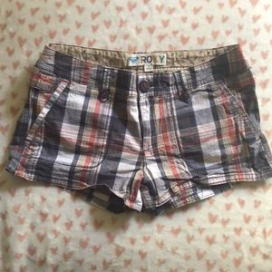 Roxy plaid shorts size 9
